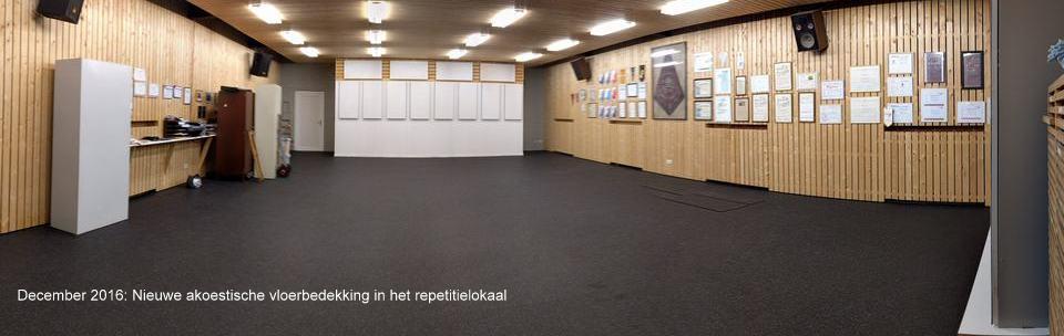 December 2016: Nieuwe akoestische vloerbedekking in het repetitielokaal