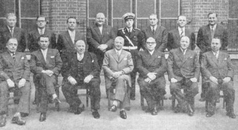 Bestuur Koninklijke Stadsfanfaren Izegem 1956